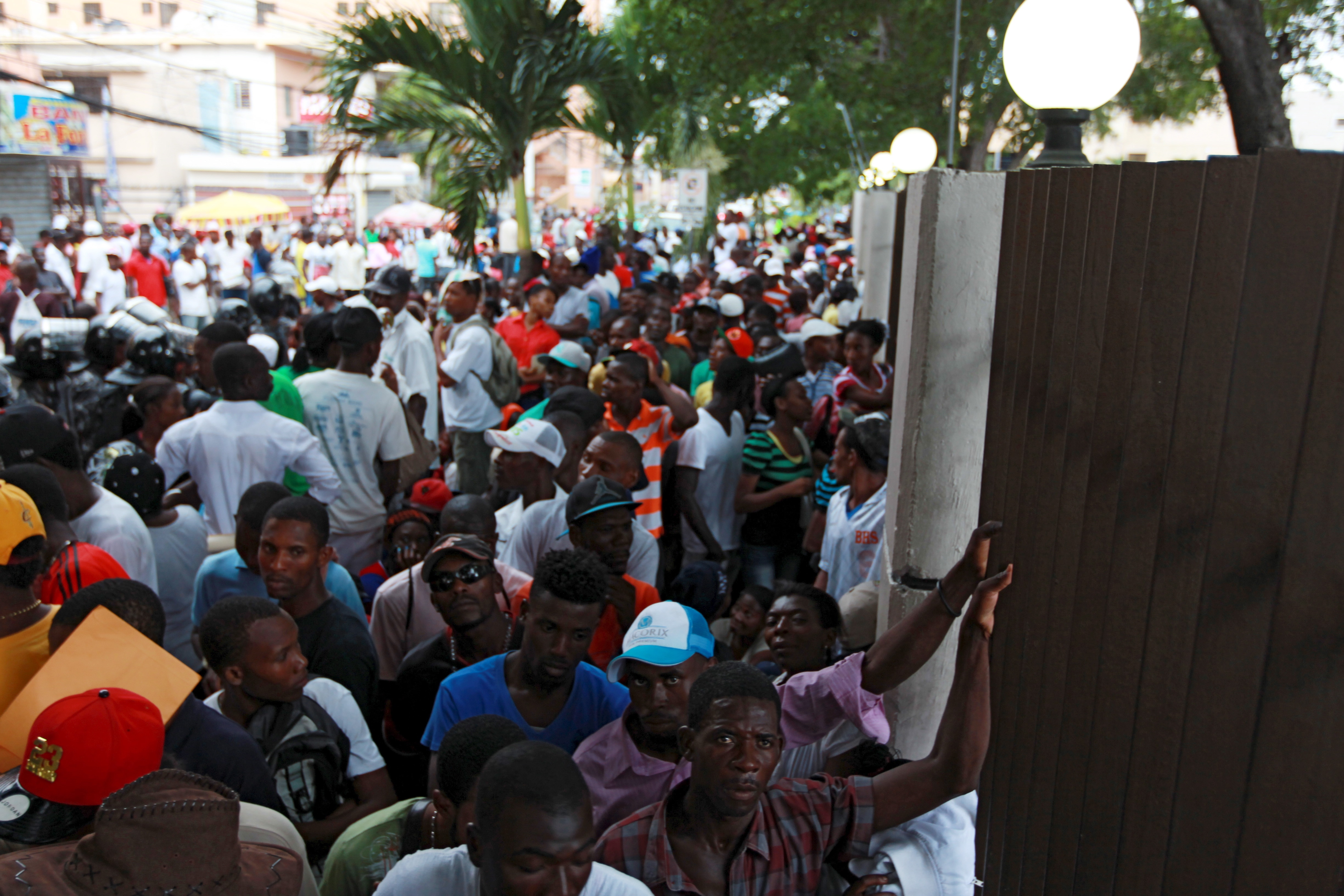 haitian migrants get residency extension from