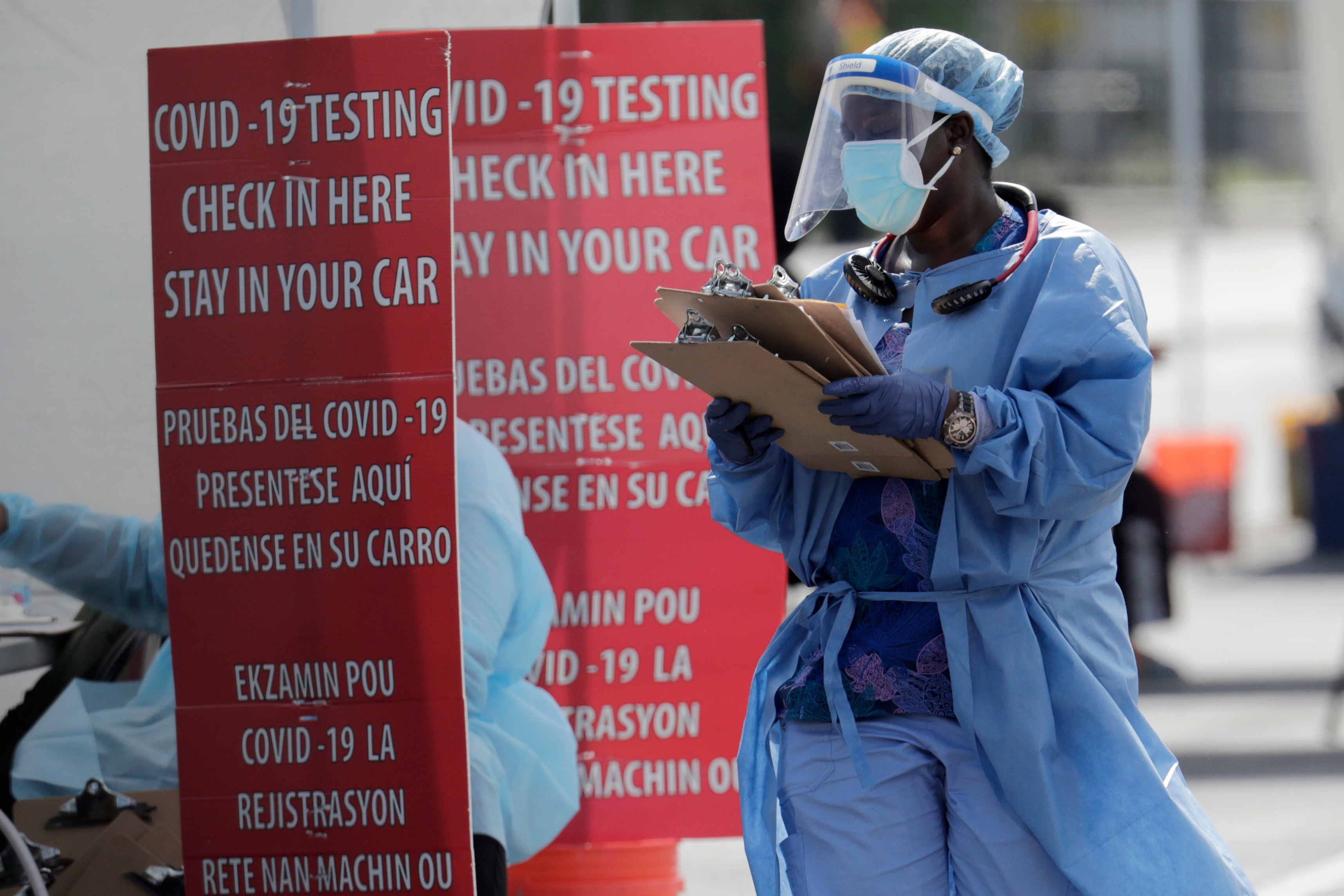US Leads World in Coronavirus Cases, Deaths | Voice of America - English