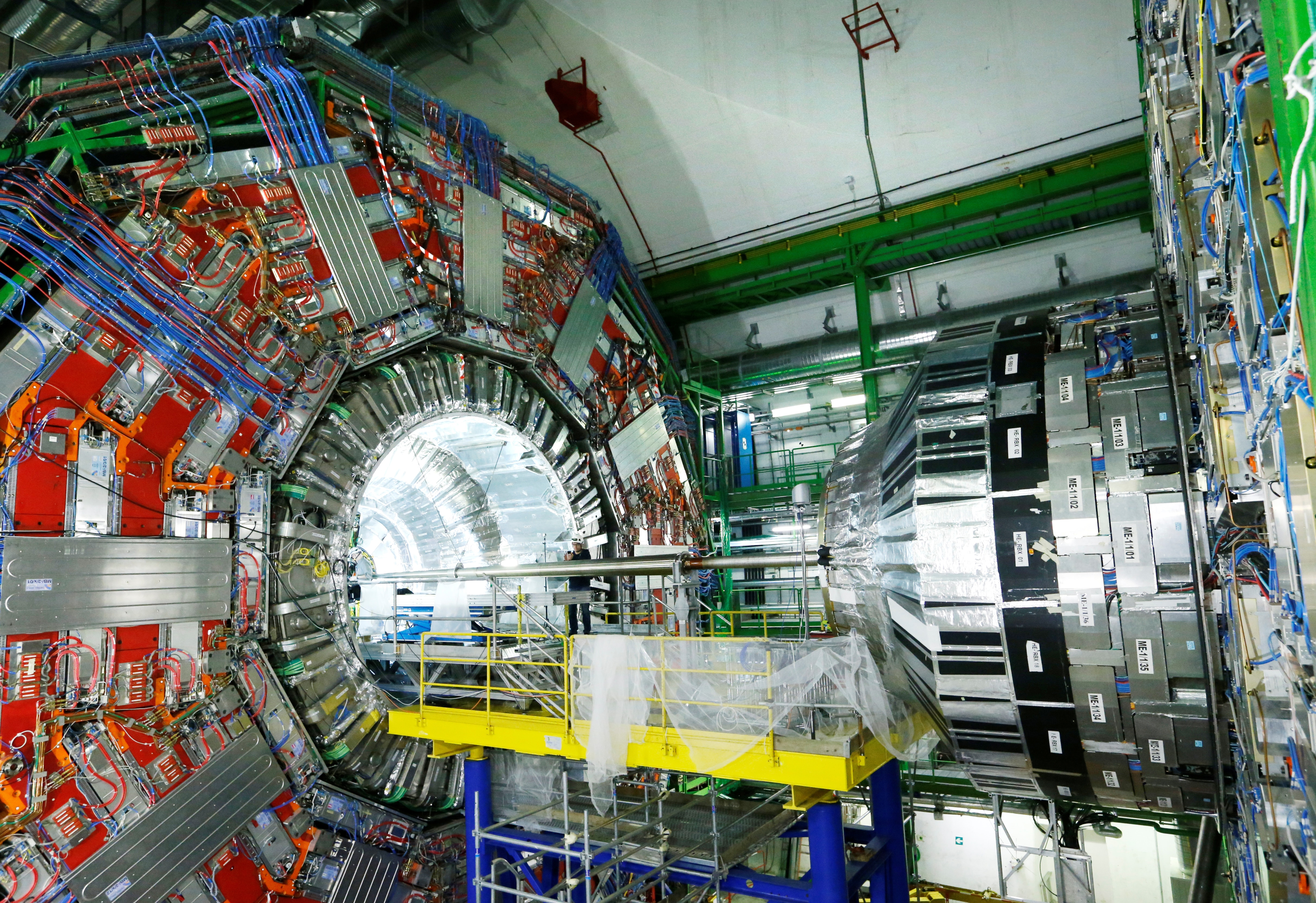 'Tantalizing' Results of 2 Experiments Defy Physics Rulebook – Malaysia Sun