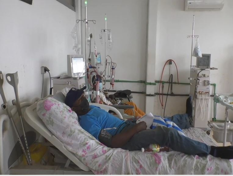 Image Cameroon Dialysis Patients Protest Poor Treatment, Equipment Shortage