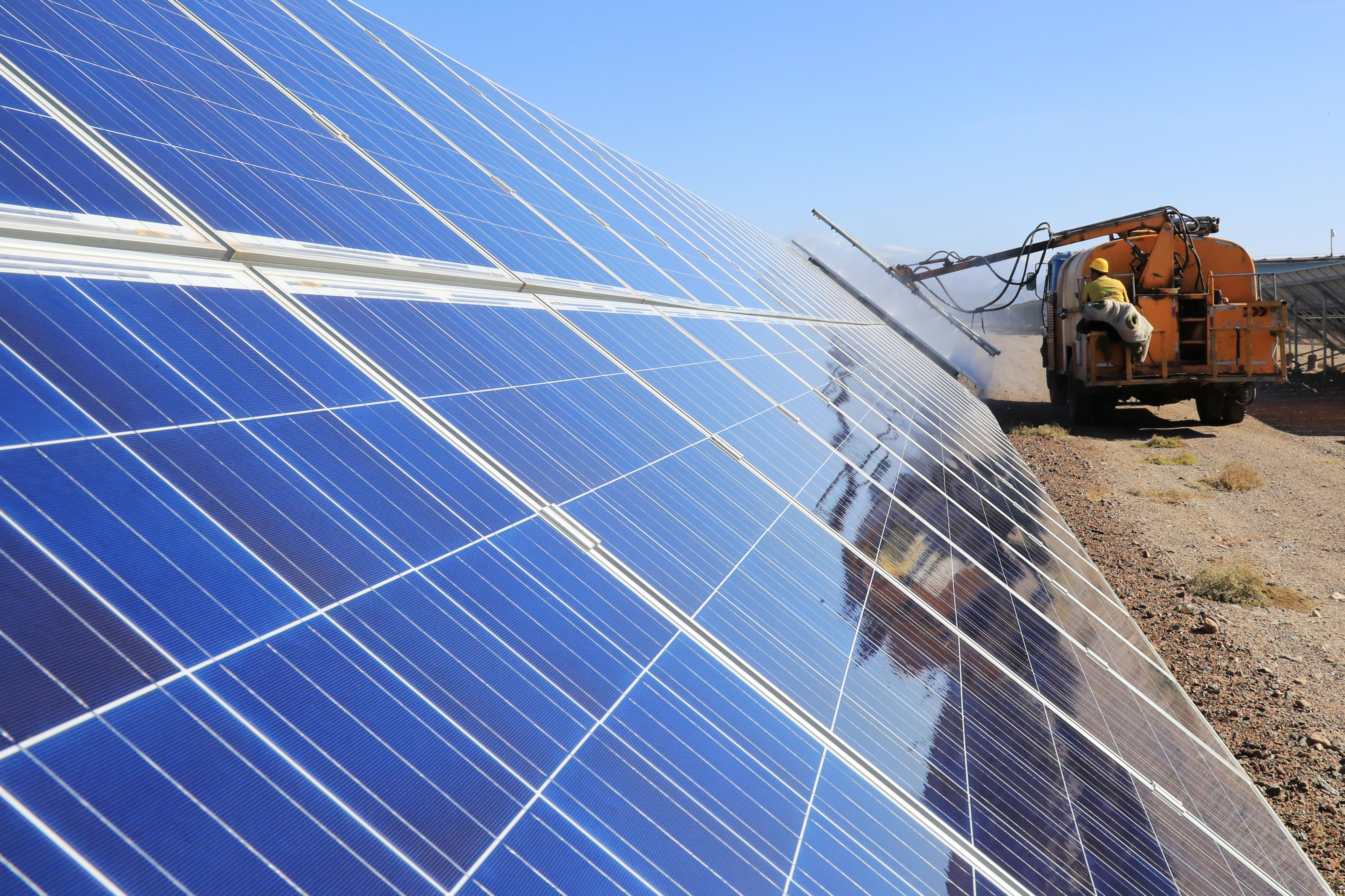 New Allegations Made Of Forced Labor At Chinese Solar Manufacturers Voice Of America English