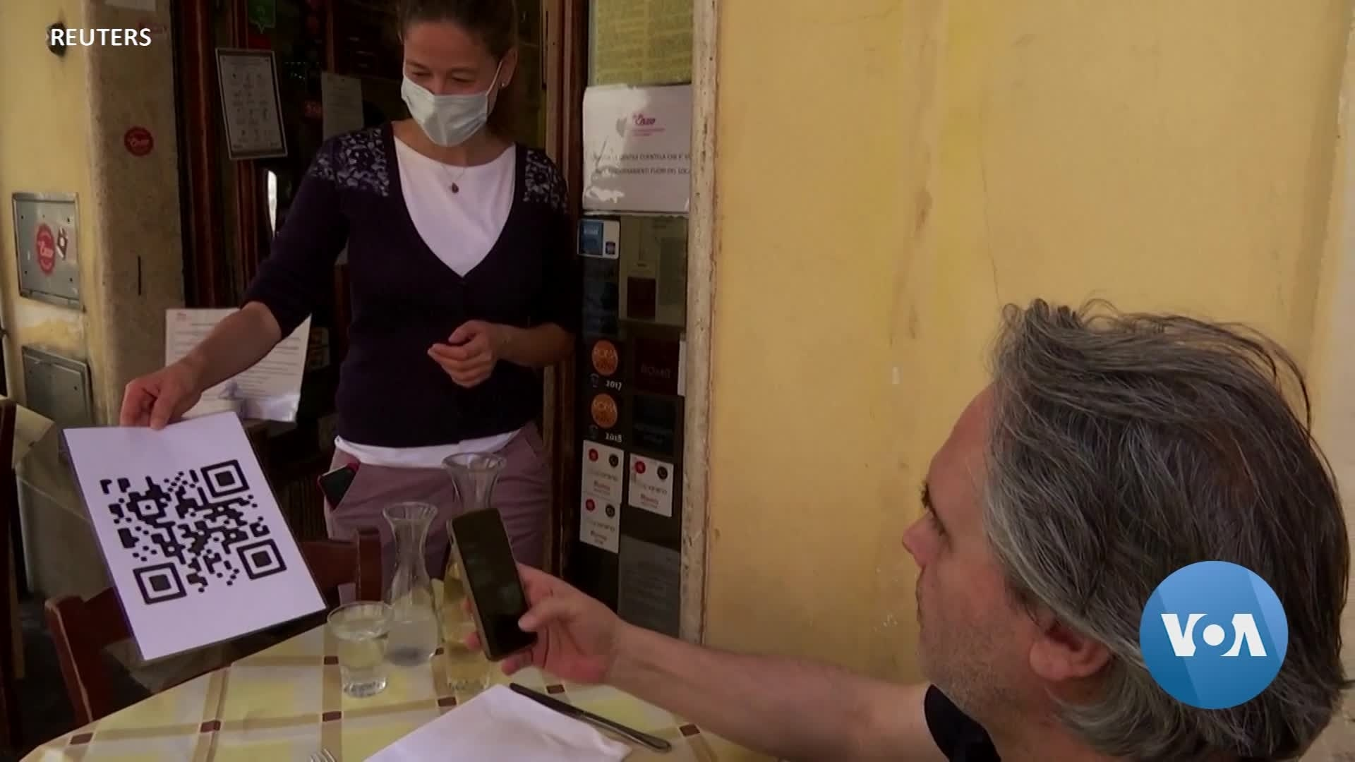 In COVID-Struck Italy, Touchless Menus Gain Popularity
