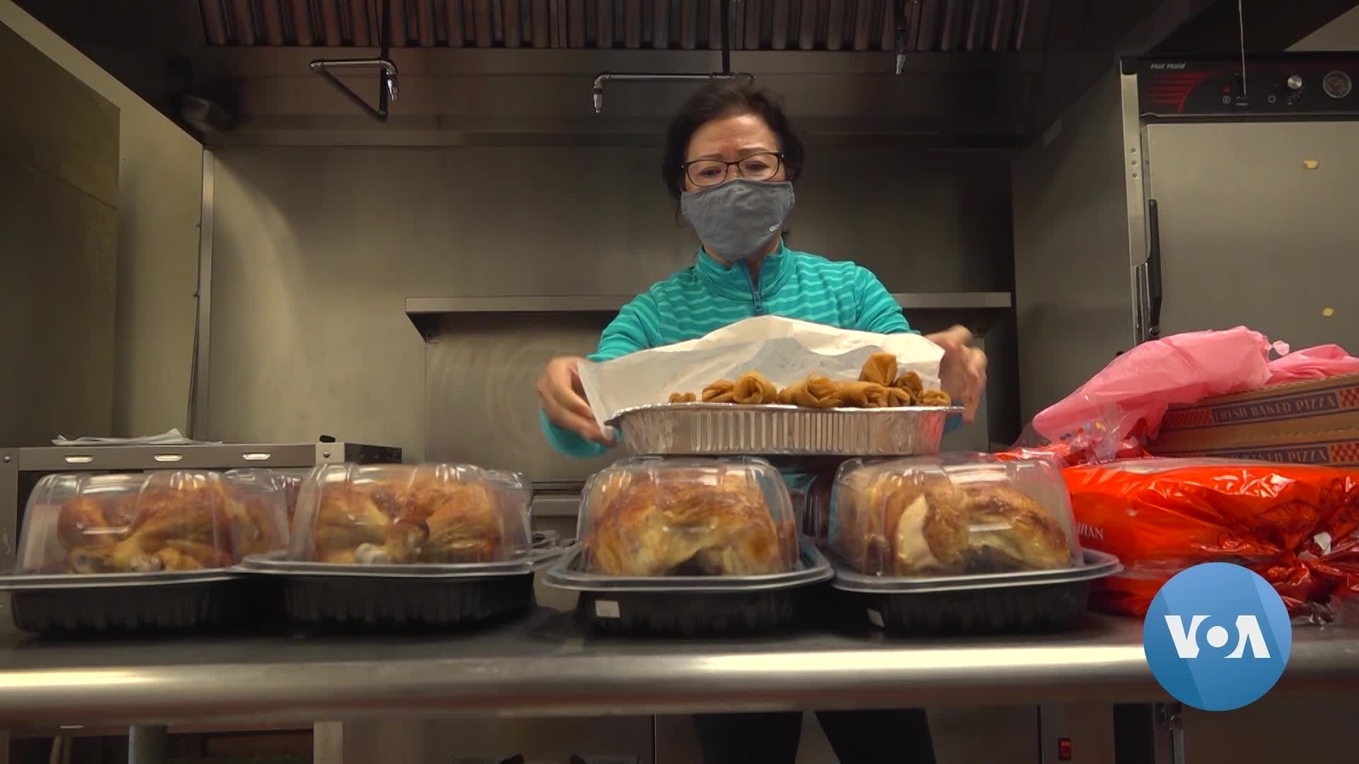 Volunteers Bring Holiday Meals to Homeless Shelters