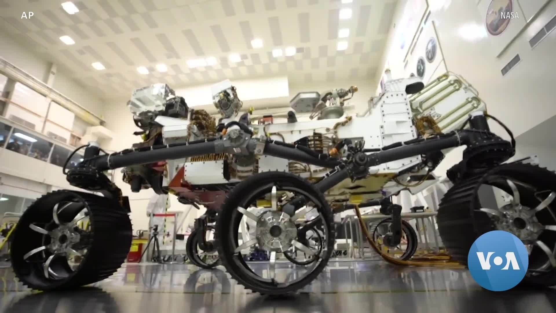 NASA Rover Continues Quest to Find Evidence of Life on Mars