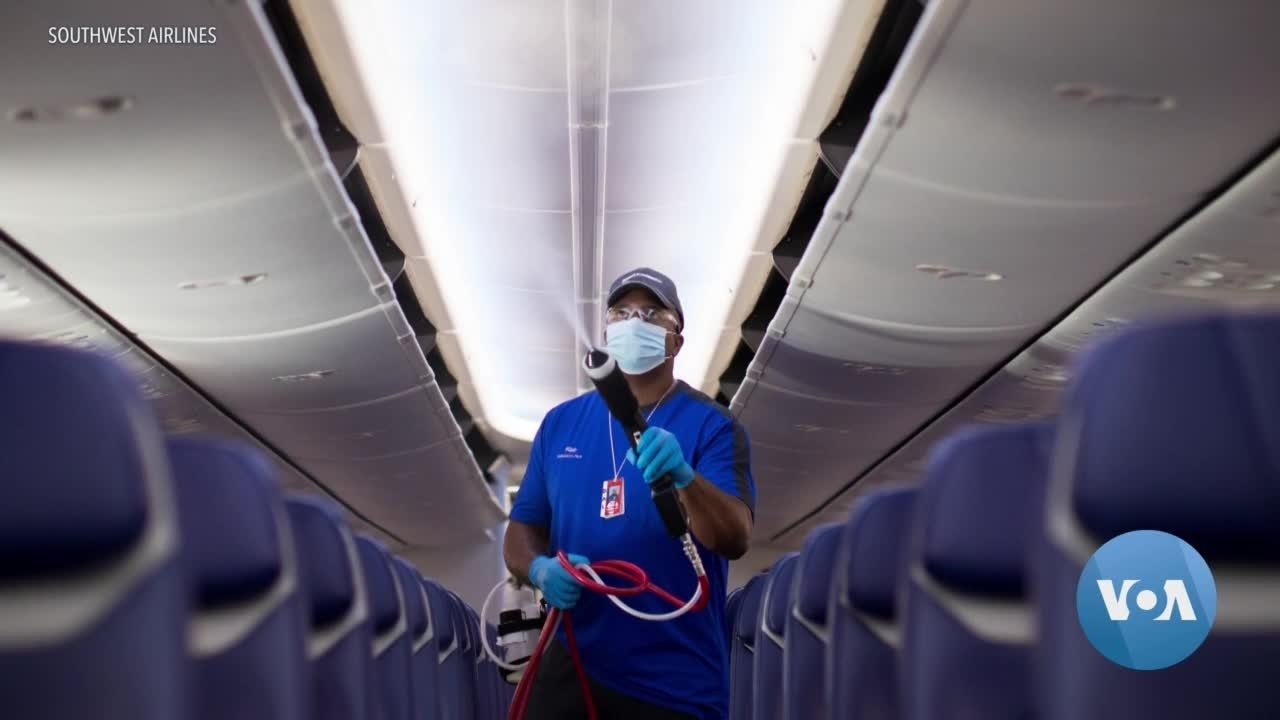 Passengers Must Wear Face Masks, Airlines Say