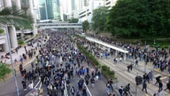 hong kong protest crowd