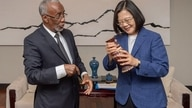 Somaliland Foreign Minister Hagi Mohamoud with Taiwan President Tsai Ing-wen. (Photo:@iingwen Twitter)