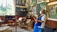 Mostly French tourists are visiting Monet's house this summer. (Photo: Lisa Bryant/VOA)