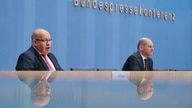 German Finance Minister Olaf Scholz, right, and German Economy Minister Peter Altmaier brief the media during a news conference…