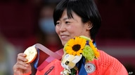Shori Hamada of Japan celebrates with her gold medal during the awarding ceremony of the women's -78kg judo match of the 2020…
