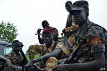 South Sudanese SPLA soldiers are pictured in Pageri in Eastern Equatoria state, Aug. 20, 2015.