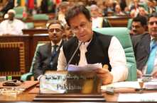 Pakistani Prime Minister Imran Khan attends a summit meeting of the 57-member Organization of Islamic Cooperation (OIC) in the Saudi holy city of Mecca, June 1, 2019.