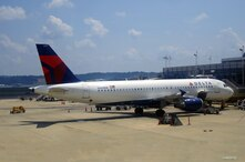 A Delta Air Lines jet is parked at Reagan National Airport in Washington, DC. (Photo: Diaa Bekheet)