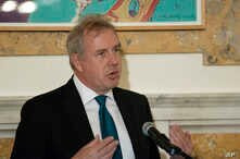 In this Friday, Oct. 20, 2017 photo, British Ambassador Kim Darroch hosts a National Economists Club event at the British Embassy in Washington. Leaked diplomatic cables published Sunday, July 7,2 019, in a British newspaper reveal that Britain's…