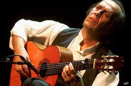 FILE - Spanish guitar player Paco de Lucia perform on the Stravinski Hall stage at the 35th Montreux Jazz Festival in Montreux, Switzerland.