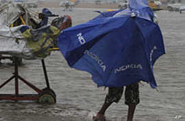 India Cyclone Death Toll Rises to 42