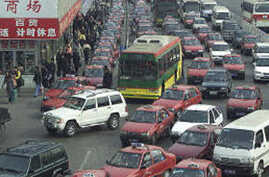 Thousands of Drivers Jammed in Traffic Near Beijing