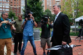 Kevin Downing, attorney for Paul Manafort, walks to the Alexandria Federal Courthouse in Alexandria, Va., Aug. 3, 2018.