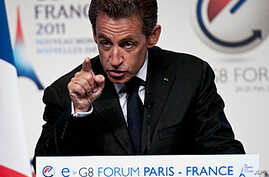 France Hosts Internet Forum Before G8 Summit