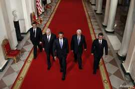 Obama with Netanyahu, second left, Abbas second right, Jordan's King Abdullah II, right, and Egypt's then-President Mubarak, the White House, Sept. 1, 2010.