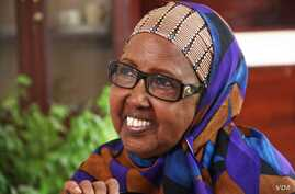 Nansen Refugee Award winner Mama Hawa brings education to Somali women. (UNHCR - F. Juez)