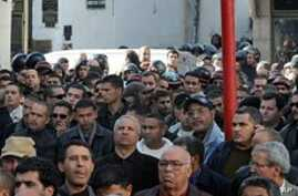 Tunisian Government: 14 Killed as Rioting Continues