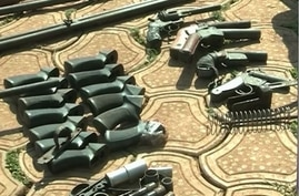 Weapons seized from separatist fighters in Bamenda, north western Cameroon, Feb. 6, 2019. (E. Kindzeka/VOA)