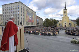 Pope Francis celebrates Mass at Freedom Square in Tallinn, Estonia, Sept. 25, 2018.