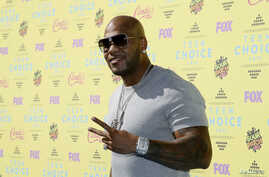 FILE - Rapper Flo Rida arrives at the 2015 Teen Choice Awards in Los Angeles, California, United States Aug. 16, 2015.