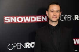 "Joseph Gordon-Levitt attends the premiere of ""Snowden"" at AMC Loews Lincoln Square in New York, Sept. 13, 2016."