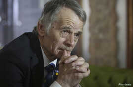 Crimean Tatars leader Mustafa Dzhemilev attends an interview with Reuters in Kyiv, Ukraine, March 15, 2014.