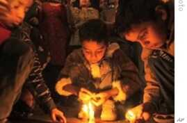 Candlelight vigil for victims of 1984 Bhopal industrial disaster (FILE)