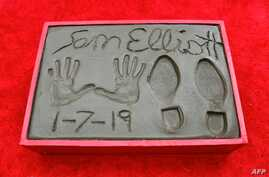 Actor Sam Elliot left his prints in the block of cement at his Hand and Footprints ceremony in Hollywood, California, Jan. 7, 2019.