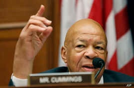 Rep. Elijah Cummings, D-Md., ranking member on the House Oversight Committee questions Mylan CEO Heather Bresch during the committee's hearing on Capitol Hill in Washington, Sept. 21, 2016, on EpiPen price increases.