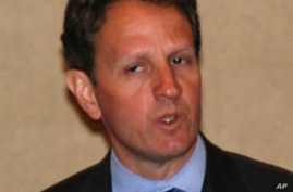 US Treasury Secretary Timothy Geithner at news conference in New Delhi, India, 06 Apr 2010