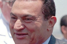 Egyptian President Hosni Mubarak looks happy Monday, June 26, 1995 after his arrival in Egypt from Ethiopia. Mubarak returned home after surviving a failed assassination attempt in Addis Ababa when his motorcade was fired on by seven gunmen enroute t