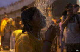 Hindus Gather in Kuala Lumpur for Annual Festival