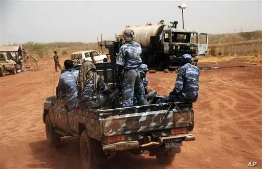 Sudanese armed forces at the oil-rich border town of Heglig, South Kordofan state, April 2012 file photo.