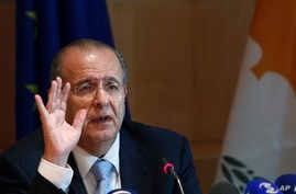 Cyprus Foreign Minister Ioannis Kasoulides speaks to the media at the foreign house in divided capital of Nicosia, Oct. 6, 2014.