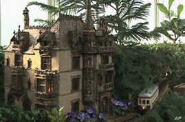 New York Botanical Train Show Fascinates Children of All Ages