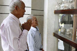 Khmer Rouge Trial Opens Old Wounds