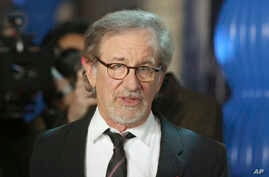 "Steven Spielberg arrives at the premiere of ""Spielberg"" at Paramount Studios, in Los Angeles, California, Sept. 26, 2017."