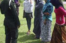 Indonesia's Sharia Divorce Courts Draw Complaints of Uneve