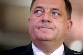 The killing of a police officer in an attack in Zvornik prompted Bosnian Serb President Milorad Dodik, shown at a gathering of members of his political party in East Sarajevo on April 25, 2015, to call again for greater independence for the Serb Repu