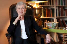 "FILE - Author Paula Fox poses for a portrait in New York, March 24, 2011. Fox, known for the novels ""Desperate Characters"" and ""Poor George"" and the memoir ""Borrowed Finery,"" died March 1, 2017."