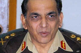 Pakistan Army Chief Optimistic on Defeating Insurgents