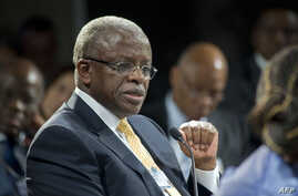 Uganda's Prime Minister Amama Mbabazi gives a speech at the World Economic Forum Meeting on Africa, Cape Town, S. Africa, May 9, 2013.