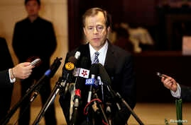 U.S. Special Representative for North Korea Glyn Davies speaks to the media at a hotel in Beijing, China, May 15, 2013.