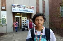 Jonathan Zelaya, a student at George Washington Middle School in Alexandria, Va., has heard differing messages related to the U.S. presidential race. (C.Guensburg/VOA)