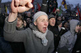 Moscow Protests Get Legs with Social Media